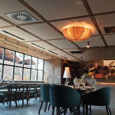 paneles fonoabsorentes acústicos de restaurante