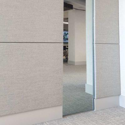 Paneles acústicos de pared con revestimiento textil